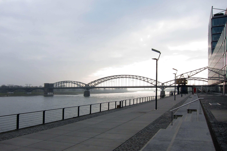 YVONNE RUNDIO Rheinauhafen