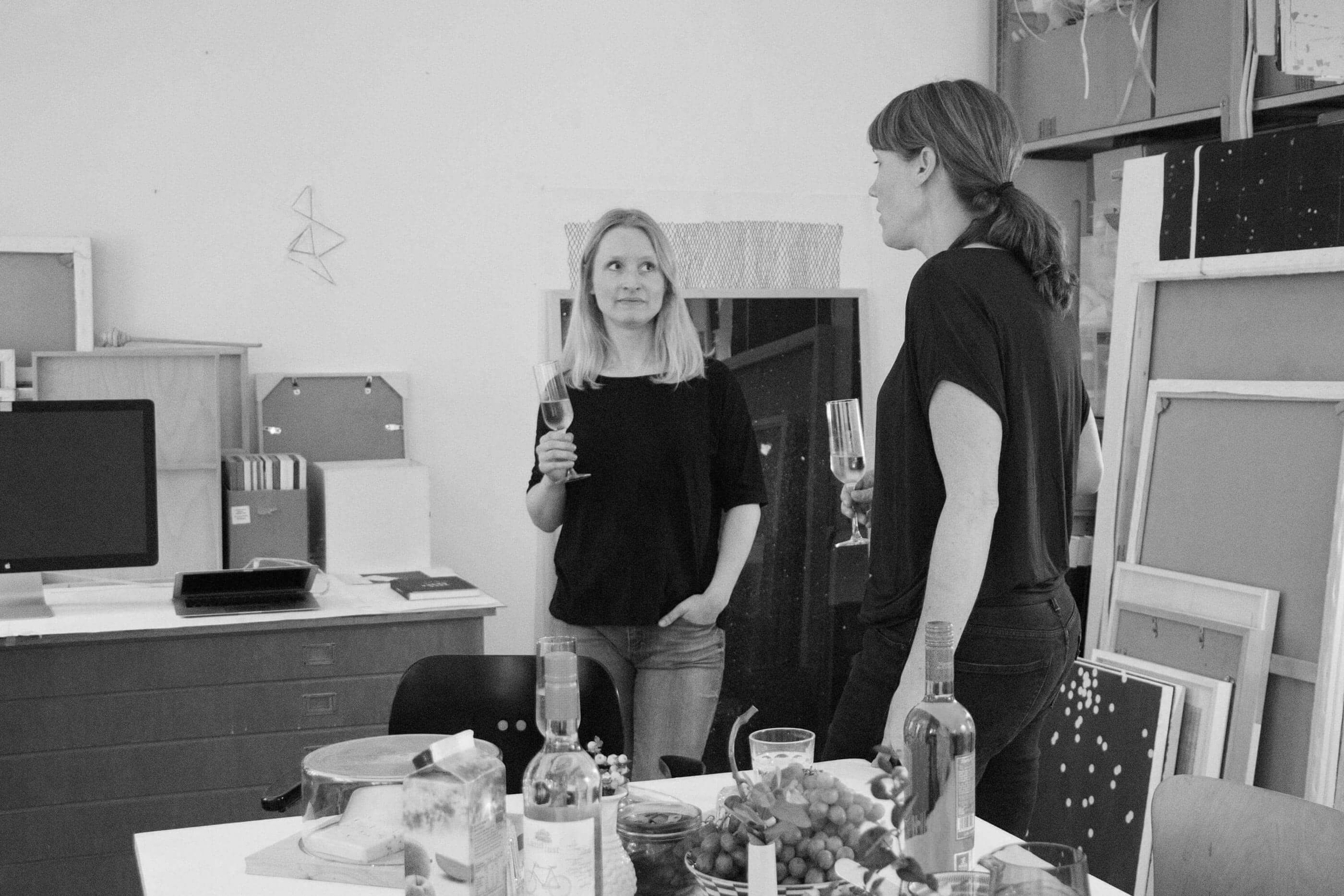 YVONNE RUNDIO Ladies Wine Design Cologne Position beziehen